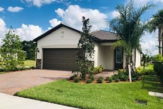 803 SE Villandry Way - 803 Villandry Way, Port St. Lucie, FL 34984