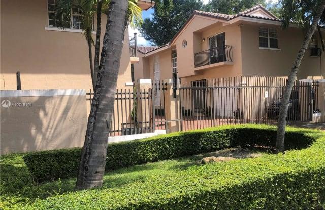 3135 GIFFORD LN - 3135 Gifford Lane, Miami, FL 33133