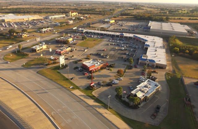 2662 Highway 36 S - 2662 Texas Highway 36, Brenham, TX 77833