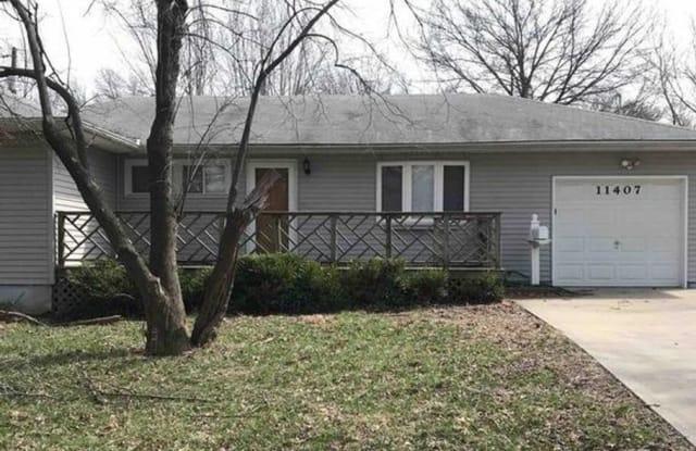 11407 Greenwood - 11407 Greenwood Road, Kansas City, MO 64134