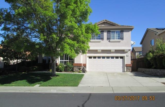 1019 Woodcrest Ct. - 1019 Woodcrest Court, Vacaville, CA 95688