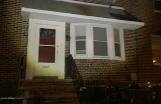 1337 Fanshawe Street Philadelphia Pa Apartments For Rent