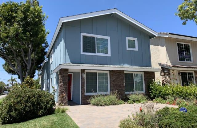 601 Larkspur Avenue - 601 Larkspur Avenue, Newport Beach, CA 92625