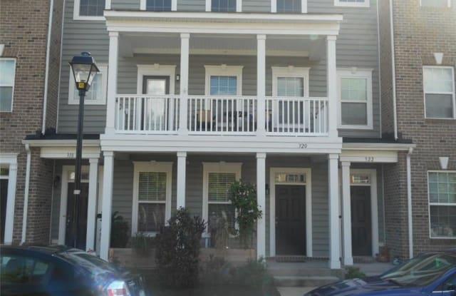 320 Fountain Way - 320 Fountain Way, Hampton, VA 23666
