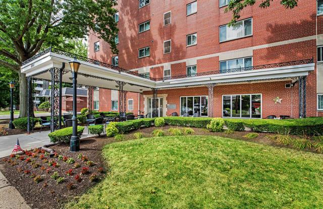 Avalon Arms Luxury Apartments - 841 California Ave, Avalon, PA 15202
