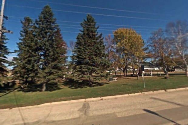 17 Grand Avenue South - 17 Grand Ave N, Kensington, MN 56343