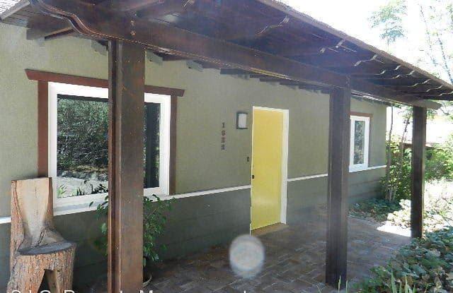 1622 Foothill Blvd - 1622 Foothill Boulevard, La Cañada Flintridge, CA 91011