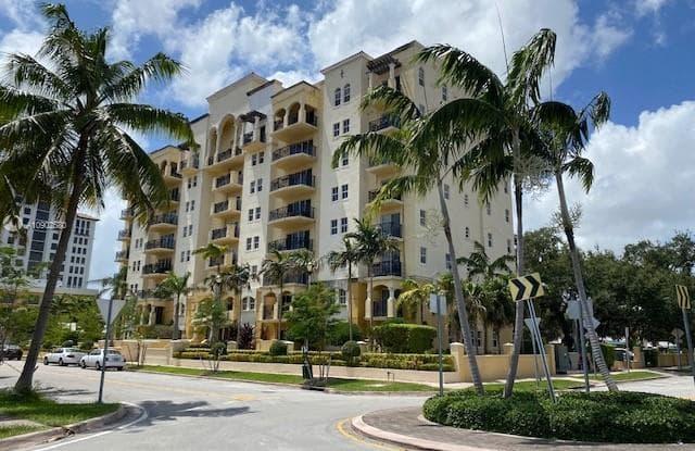 101 Sidonia Ave - 101 Sidonia Avenue, Coral Gables, FL 33134