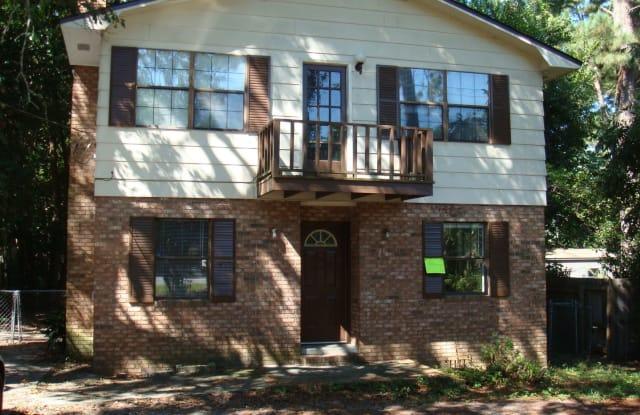 2108 N. Oak St - 2108 N Oak St, Valdosta, GA 31602