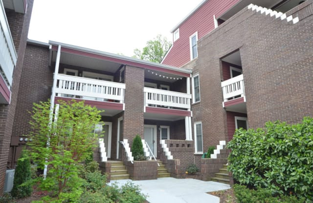 Elizabeth Flats on 7th at Hawthorne - 1721 East 7th Street, Charlotte, NC 28204