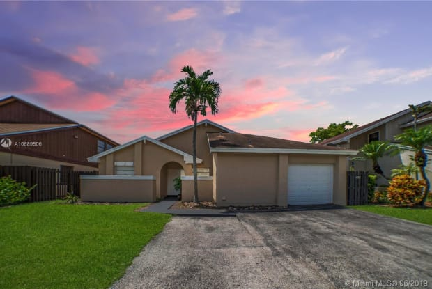14846 SW 43rd Lane - 14846 Southwest 43rd Lane, Kendall West, FL 33185