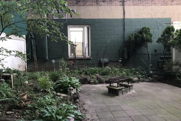 3722 Blackstone Ave - 3722 Blackstone Avenue, Bronx, NY 10463