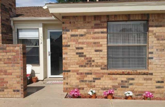 135 N Troy Avenue - 135 North Troy Avenue, Lubbock, TX 79416
