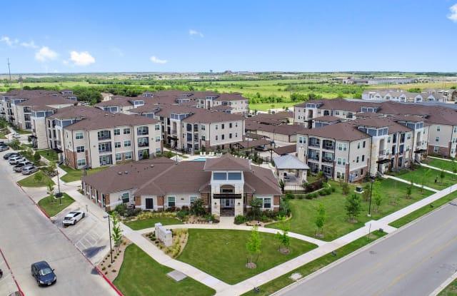 Sadler House Luxury Apartment Homes - 1271 Sadler Drive, San Marcos, TX 78666