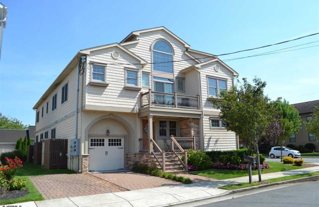 9515 Winchester Ave - 9515 Winchester Ave, Margate City, NJ 08402