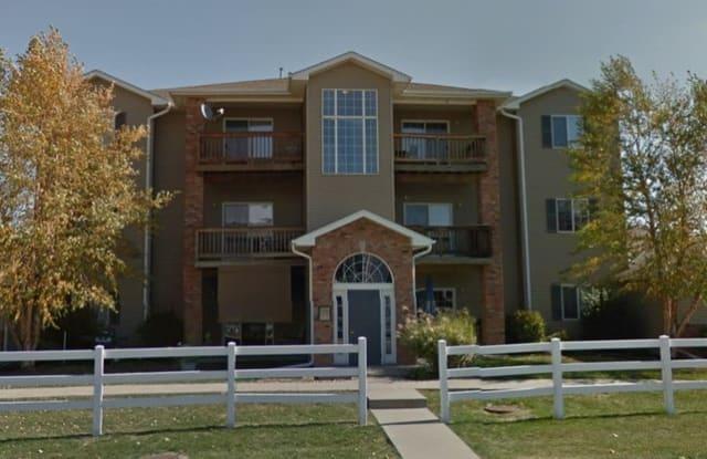2825 Triple Crown Lane - 2825 Triple Crown Lane, Iowa City, IA 52240