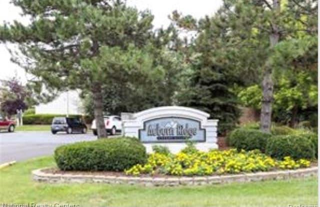2608 Davison Avenue Auburn Hills Mi Apartments For Rent