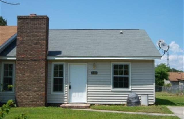 395 Frances Street - 395 West Frances Street, Jacksonville, NC 28546