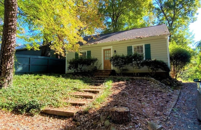 817 Old Pittsboro Rd. - 817 Old Pittsboro Road, Chapel Hill, NC 27516