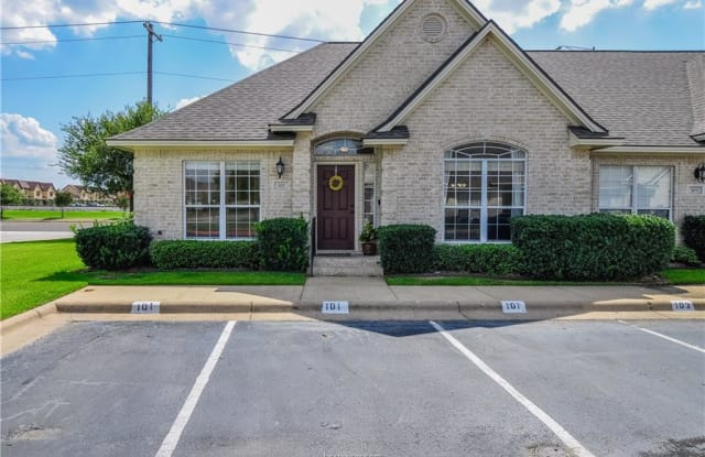101 Fraternity Row - 101 Fraternity Row, College Station, TX 77845