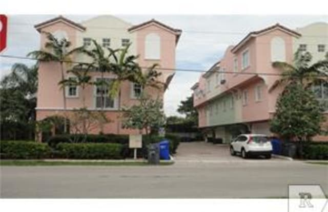 1705 JOHNSON ST UNITA - 1705 Johnson Street, Hollywood, FL 33020