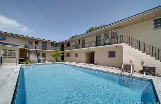 1239 Mariposa Ave - 1239 Mariposa Avenue, Coral Gables, FL 33146