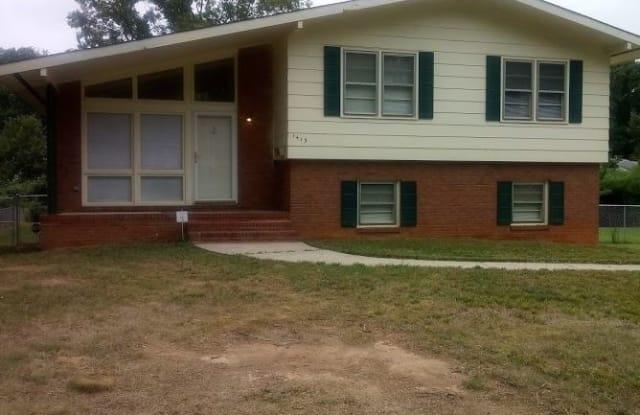 1413 Grovewood Dr. - 1413 Grovewood Drive, Charlotte, NC 28208