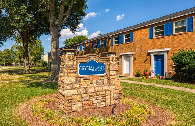 Crystal Lakes Townhomes - 3501 Meadowdale Blvd, Meadowbrook, VA 23234