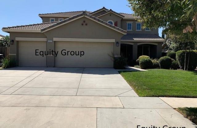3025 Ryan Avenue - 3025 Ryan Avenue, Tulare, CA 93274