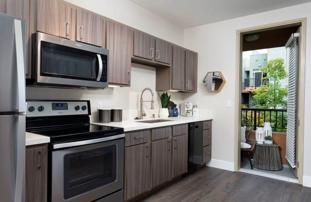 Entrada Apartments - 453 13th St, San Diego, CA 92101