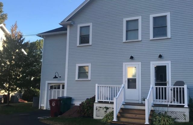 214 Rogers Street Lowell Ma Apartments For Rent