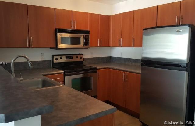455 NE 25th St - 455 Northeast 25th Street, Miami, FL 33137