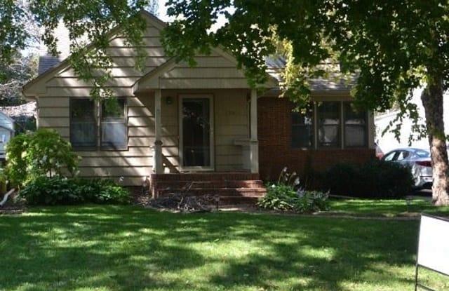 1311 S. Jefferson Avenue - 1311 South Jefferson Avenue, Sioux Falls, SD 57105