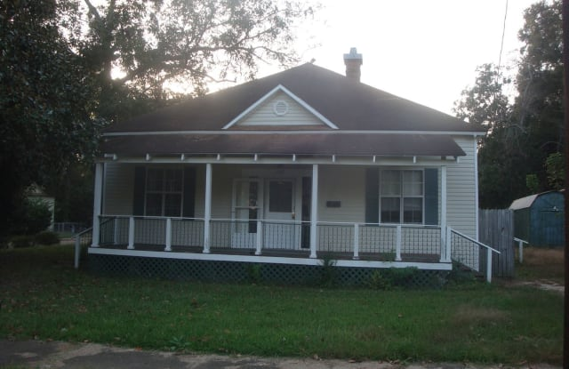 125 South Royal St - 125 South Royal Street, DeRidder, LA 70634