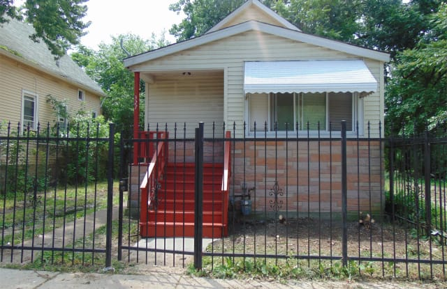 327 West 105th Street - 327 West 105th Street, Chicago, IL 60628