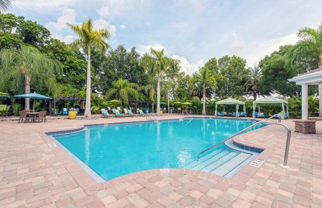 Meadow Lakes - 105 Manor Blvd, Naples, FL 34104