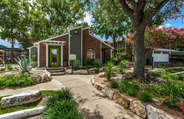 Patten East - 2239 Cromwell Cir, Austin, TX 78741