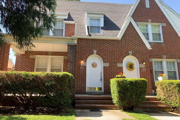 28 E IRVIN AVENUE - 28 E Irvin Ave, Hagerstown, MD 21742