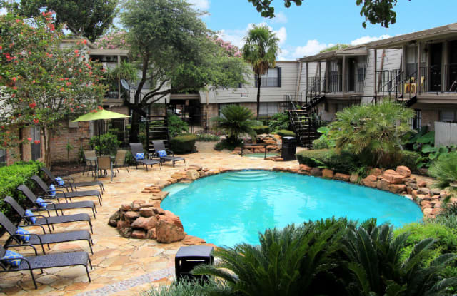 Waters Of Winrock - 6403 Del Monte Dr, Houston, TX 77057