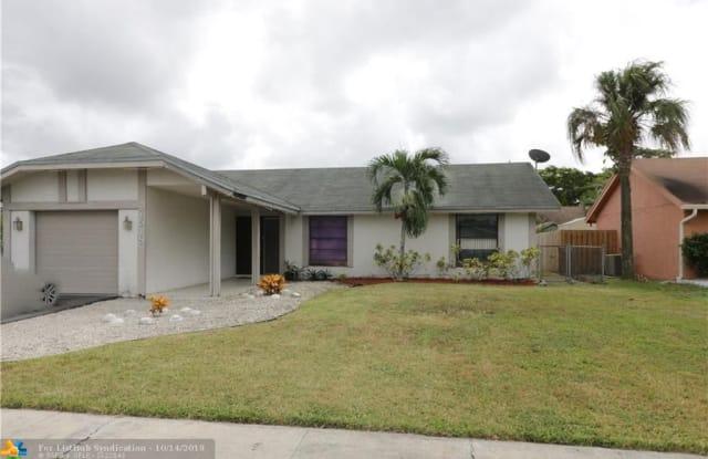 7518 SW 7th St - 7518 Southwest 7th Street, North Lauderdale, FL 33068