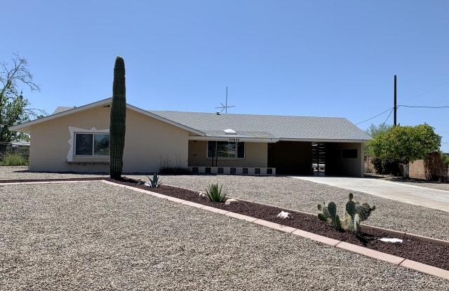 11433 West Lakeshore Drive - 11433 West Lakeshore Drive, Youngtown, AZ 85363