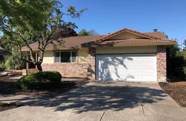 5547 El Encanto Circle - 5547 El Encanto Circle, Santa Rosa, CA 95409