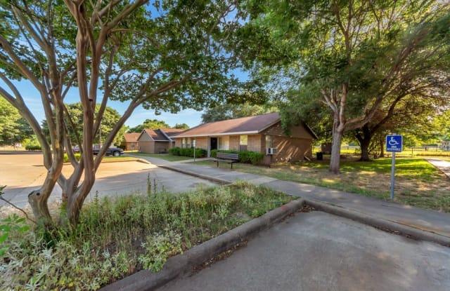 Grapeland Apartments - 227 E Plum, Grapeland, TX 75844