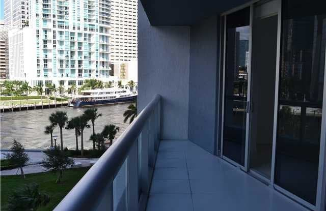 465 Brickell Ave - 465 Brickell Avenue, Miami, FL 33131