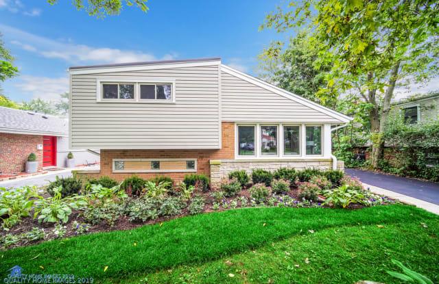1235 Ferndale Avenue - 1235 Ferndale Avenue, Highland Park, IL 60035