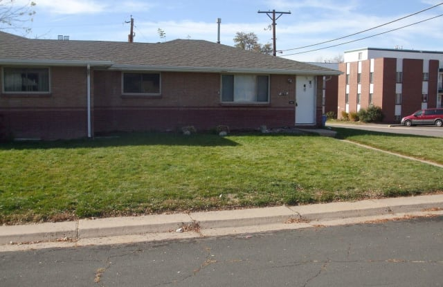 5741 S Greenwood St - 5741 South Greenwood Street, Littleton, CO 80120