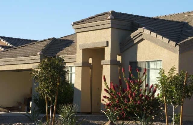 10528 W POMO Street - 10528 West Pomo Street, Phoenix, AZ 85353