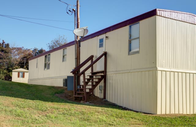 North Pointe Mobile Home Community - 5215 N Lee Hwy, Cleveland, TN 37312