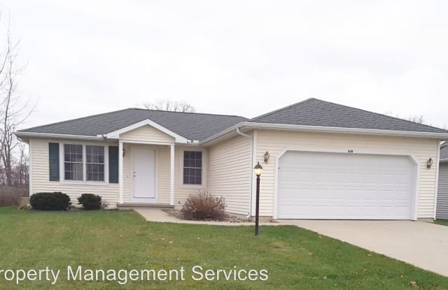 508 Heritage Dr^ - 508 Heritage Dr, Middlebury, IN 46540