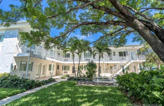 7301 Carlyle Ave - 7301 Carlyle Avenue, Miami Beach, FL 33141
